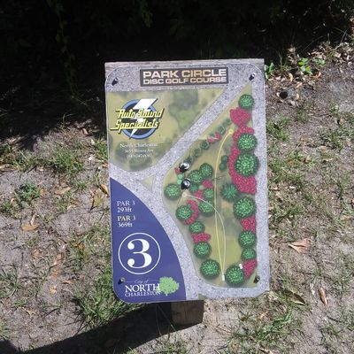 Hole 3 tee sign (silver tees)
