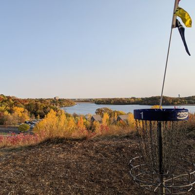 Hole 1 overlooking the lake.