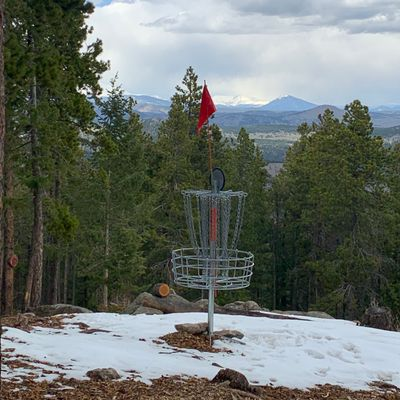 The view on hole 14 at Wondervu DGC in Colorado in early spring conditions is quite lovely