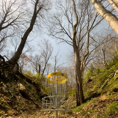 Hole 12, uphill valley green