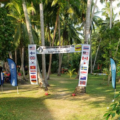 Hole 1 with triple mando set up for the Samui Swine (not sure if the triple mando is always in place or only for the event)