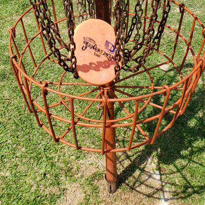 Hole 5 basket close up