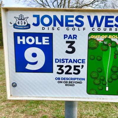Hole 9 Tee Sign