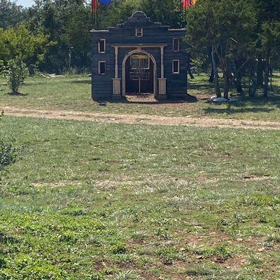 The Alamo hole