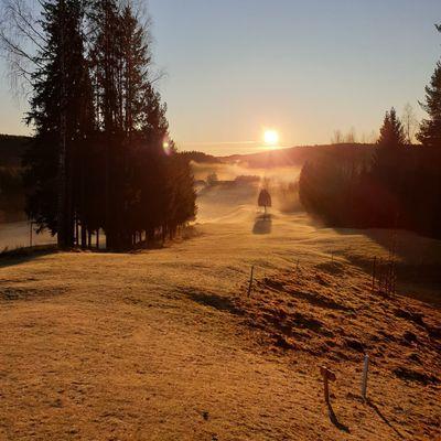 Beautiful morning on Hole 2